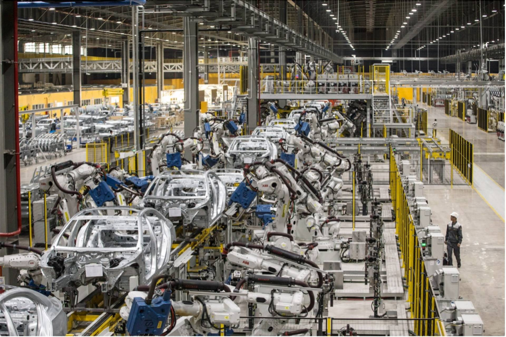 Semiconductor shortages cause an increase on lease car lead times.