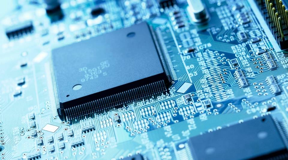 Shortages of semiconductors puts the brakes on new car production