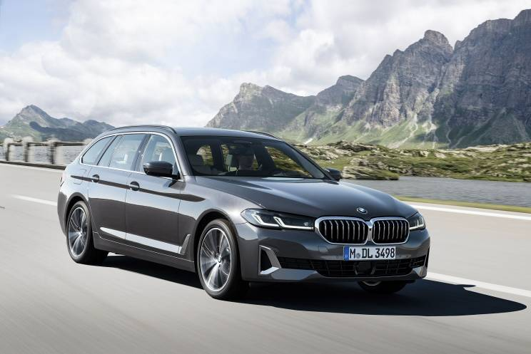 Bmw 5 Series Touring 520i Mht Se 5dr Step Auto On Lease From 416 25 Inc Vat