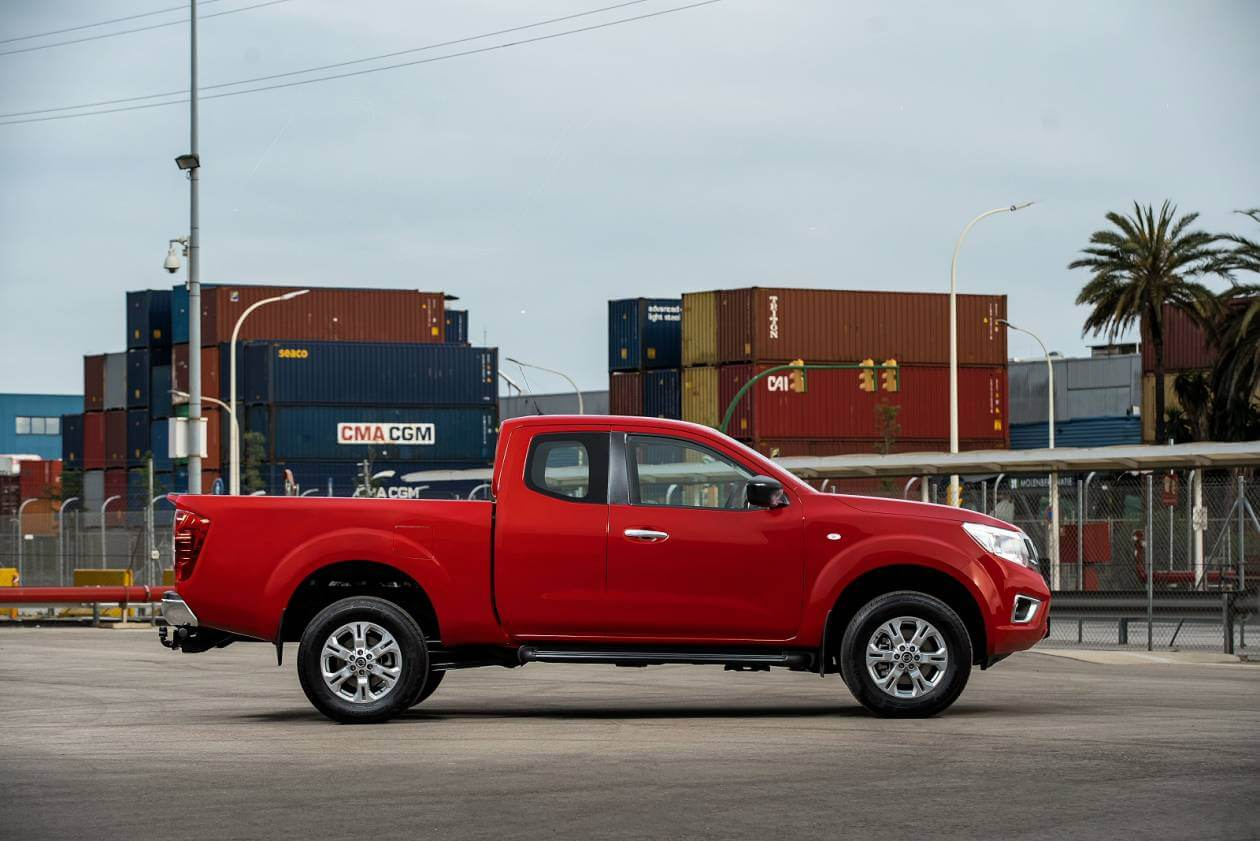 NISSAN Double Cab Pick Up Acenta 2.3dCi 163 4WD