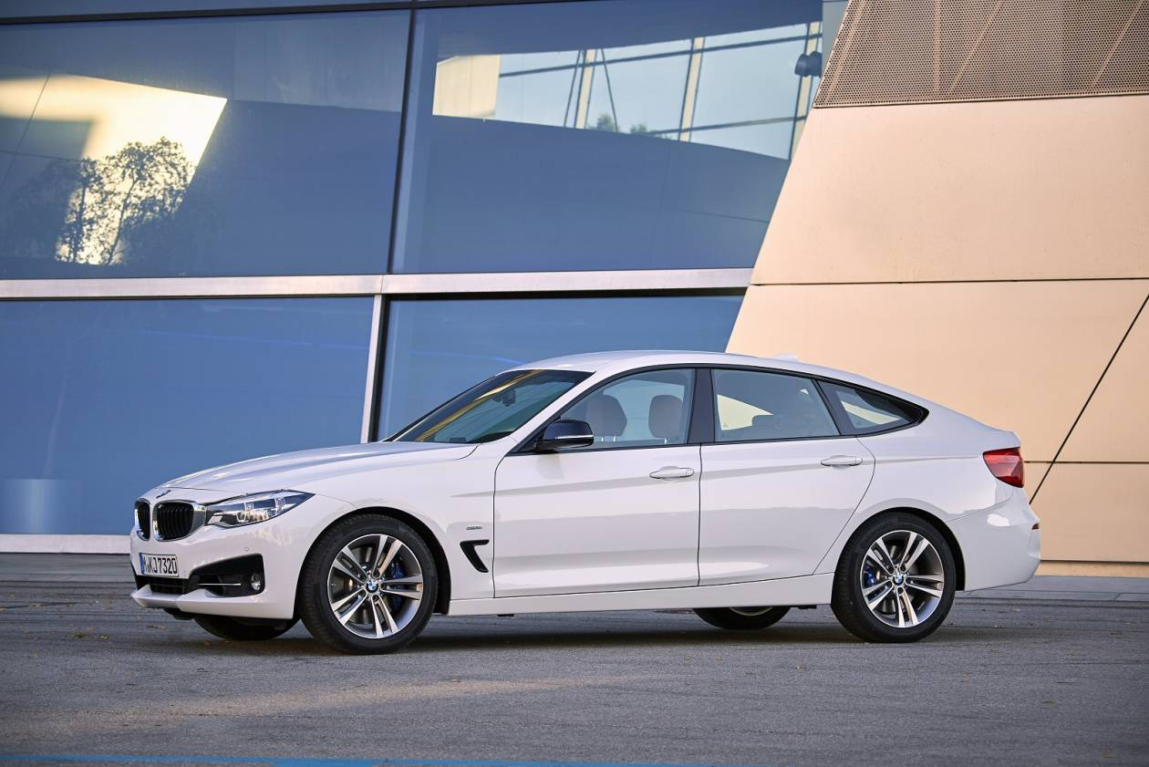 BMW 320d [190] Sport 5dr Step Auto [Prof Media]