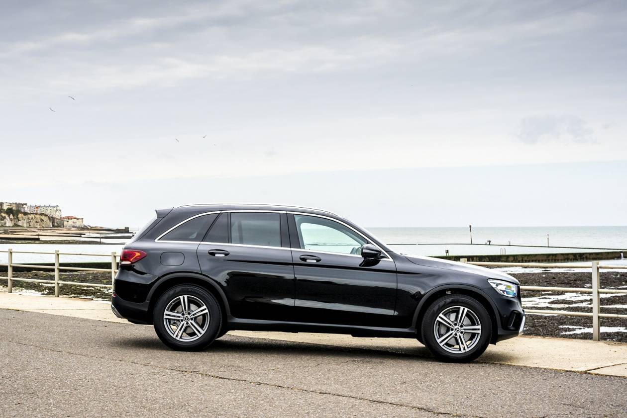 Mercedes-Benz GLC Diesel Estate GLC 300D 4matic AMG Line Premium 5dr 9G-Tronic On Lease From £ ...