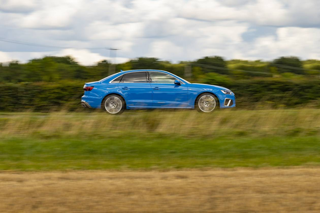Image 3: Audi A4 Saloon 35 Tfsi Black Edition 4dr S Tronic [comfort+sound]