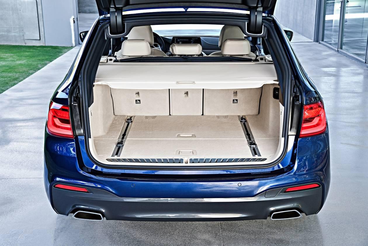 Image 5: BMW 5 Series Diesel Touring 520D MHT M Sport 5dr Auto