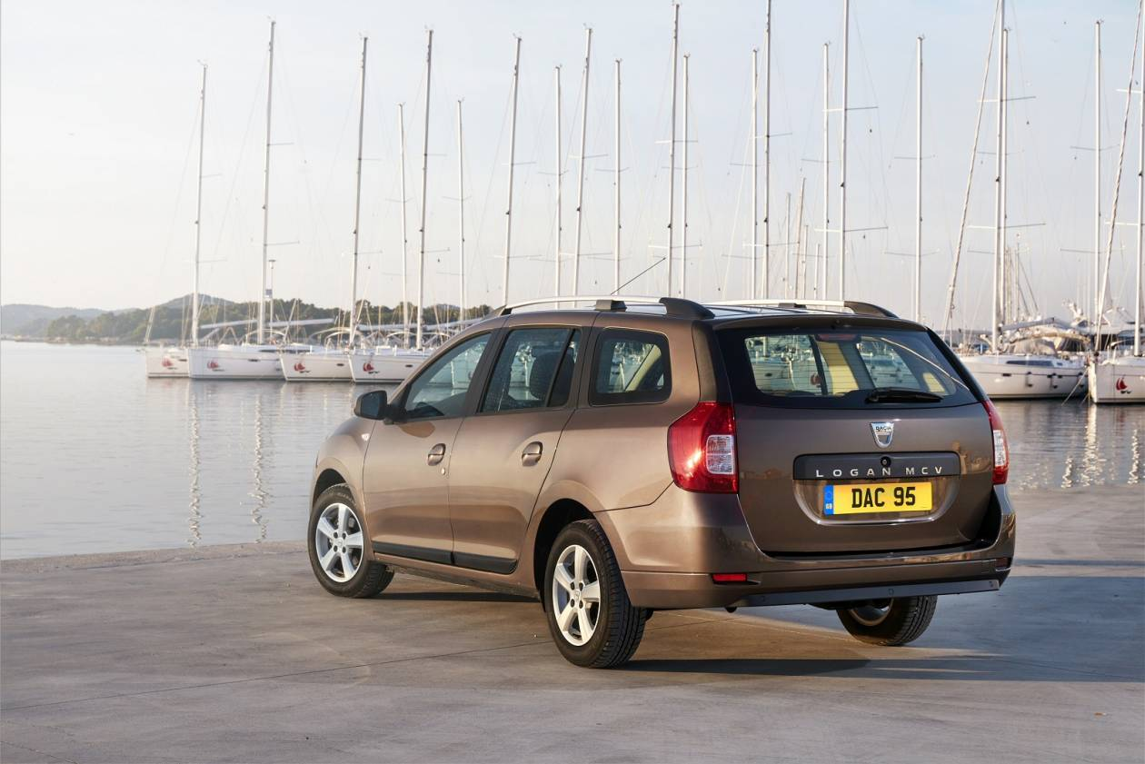 DACIA 0.9 TCe Essential 5dr