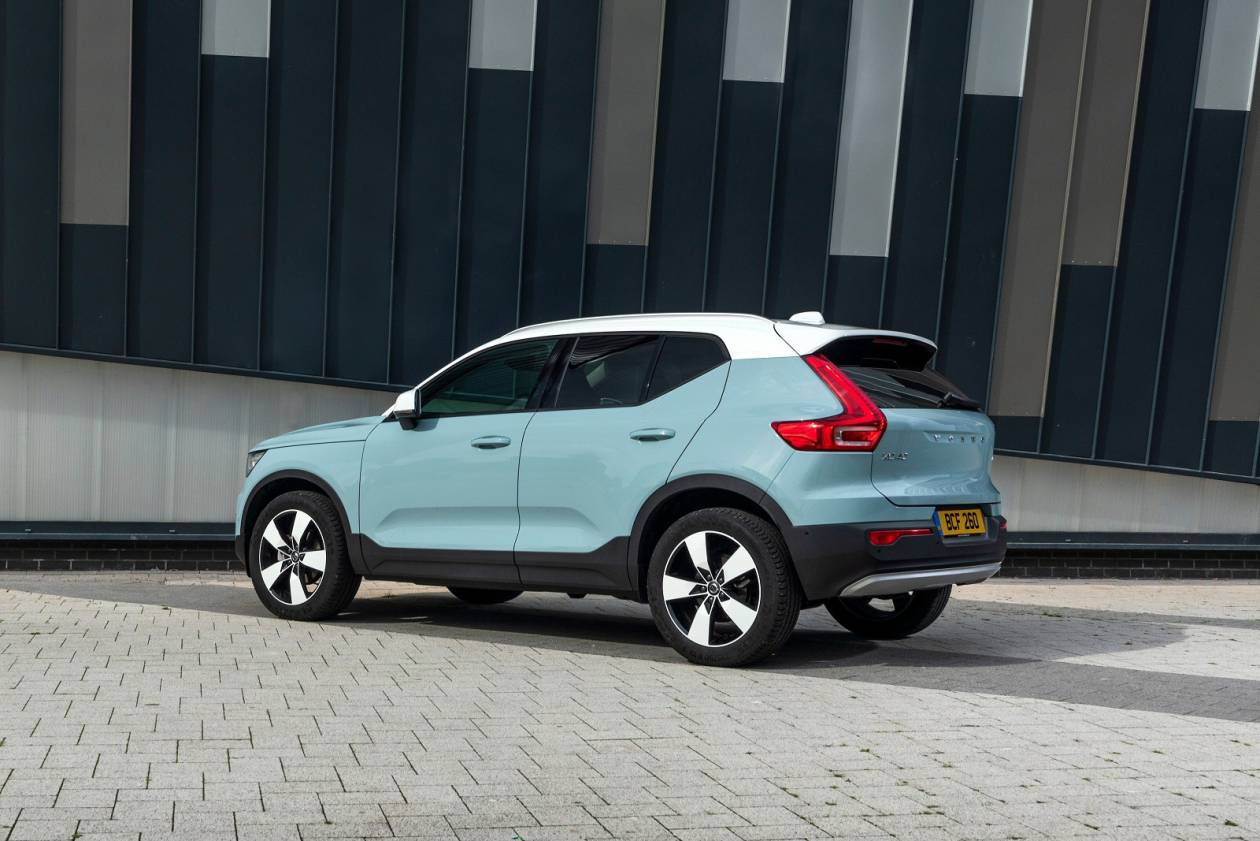 Image 2: Volvo XC40 Estate 2.0 T4 Inscription 5dr AWD Geartronic