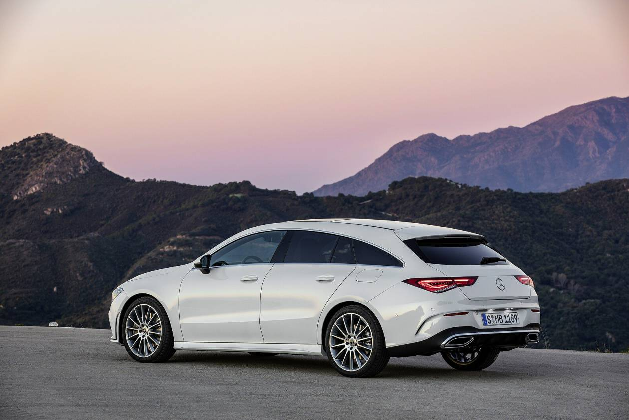 Image 2: Mercedes-Benz CLA Class Shooting Brake CLA 200 AMG Line 5dr TIP Auto