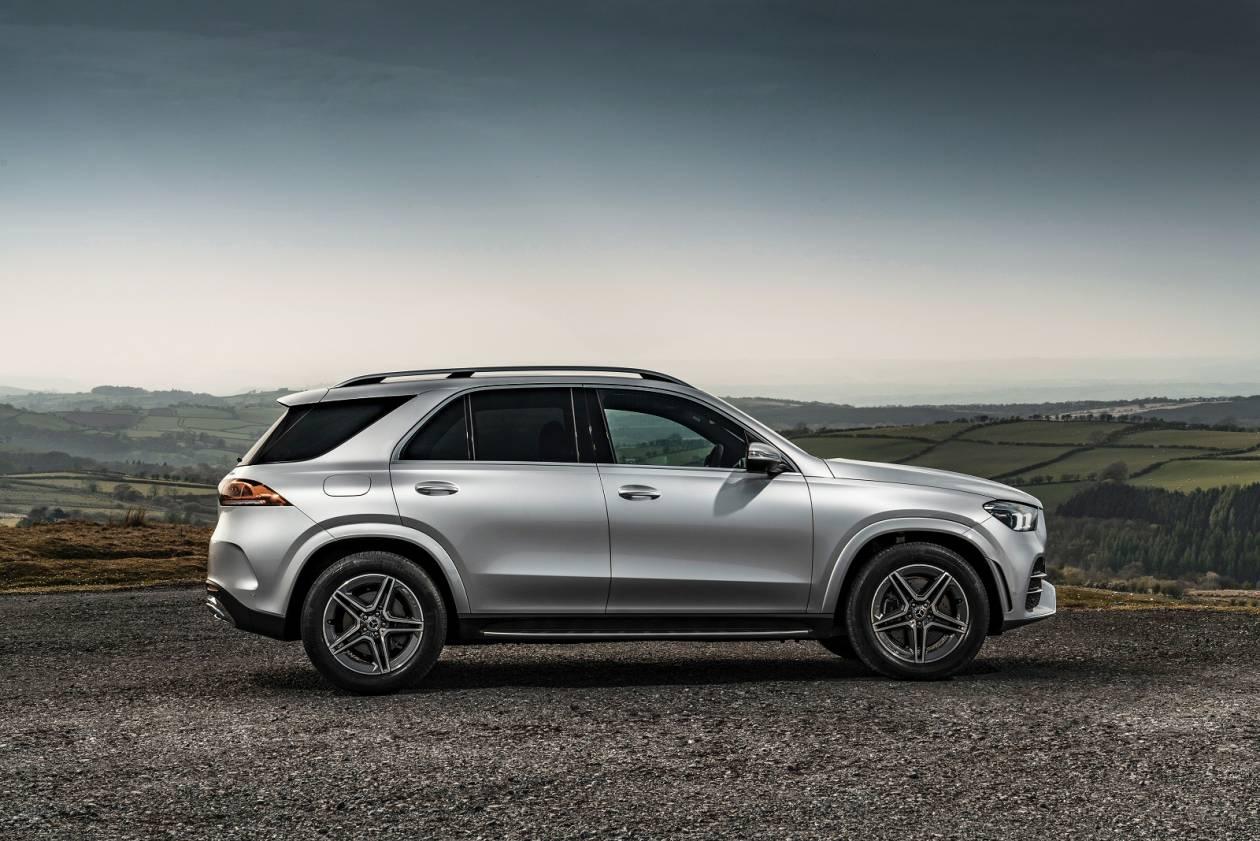 Image 1: Mercedes-Benz GLE Diesel Estate GLE 300D 4matic AMG Line 5dr 9G-Tronic