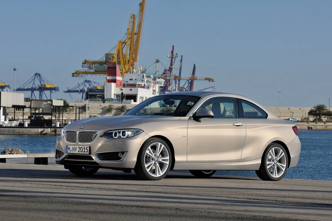 BMW 218i Sport 2dr [Nav]