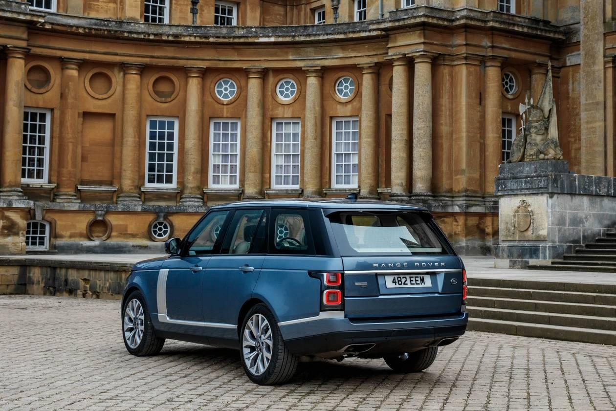 Image 2: Land Rover Range Rover Estate 2.0 P400e Vogue SE 4dr Auto