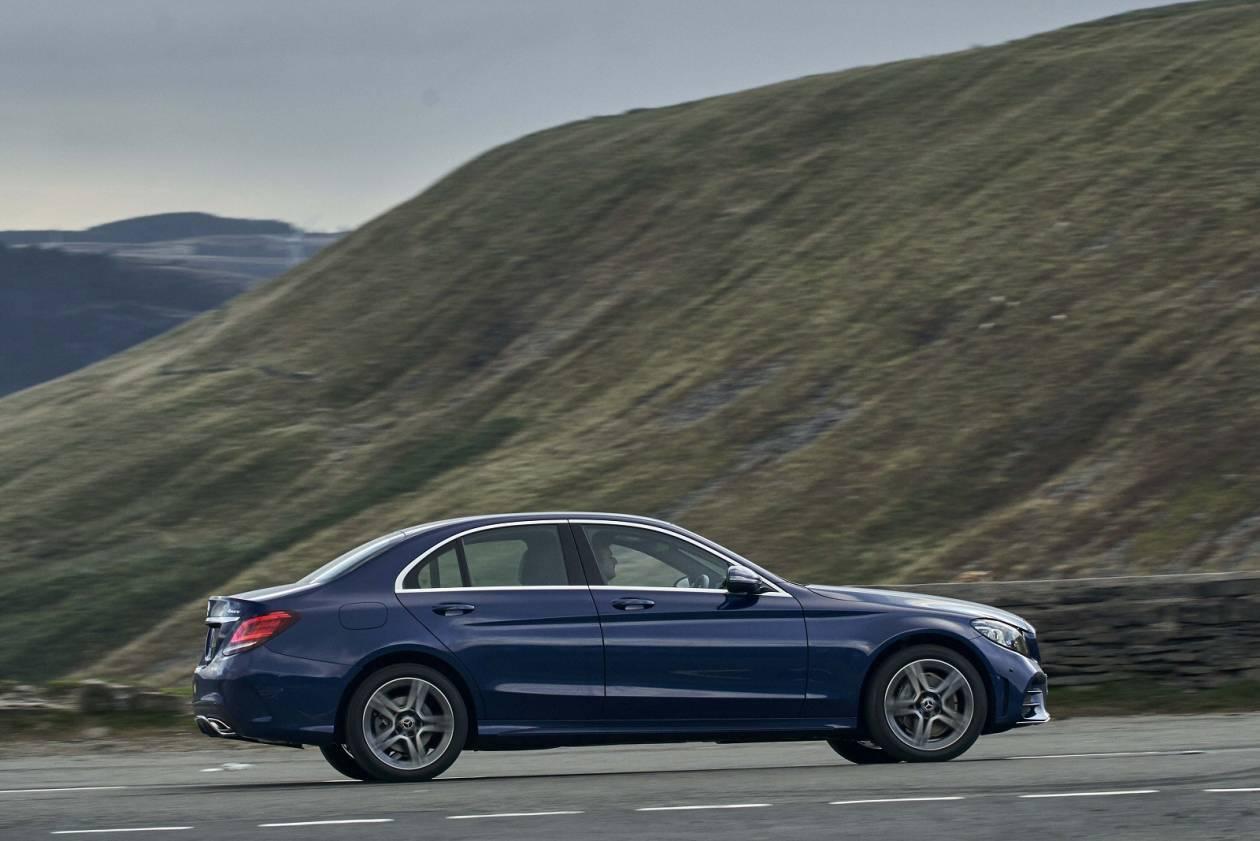 Image 5: Mercedes-Benz C Class Saloon C300 AMG Line Edition Premium 4dr 9G-Tronic