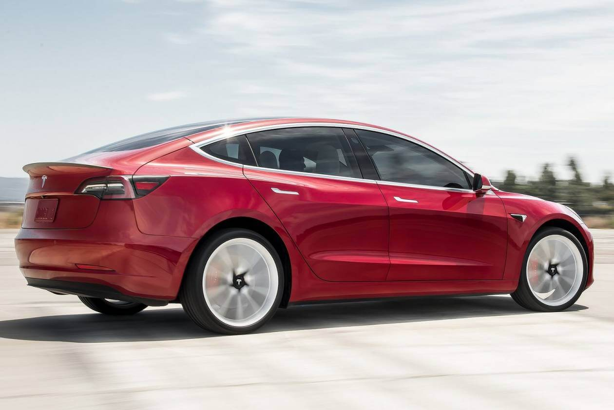 Image 5: Tesla Model 3 Saloon Standard Plus 4dr Auto