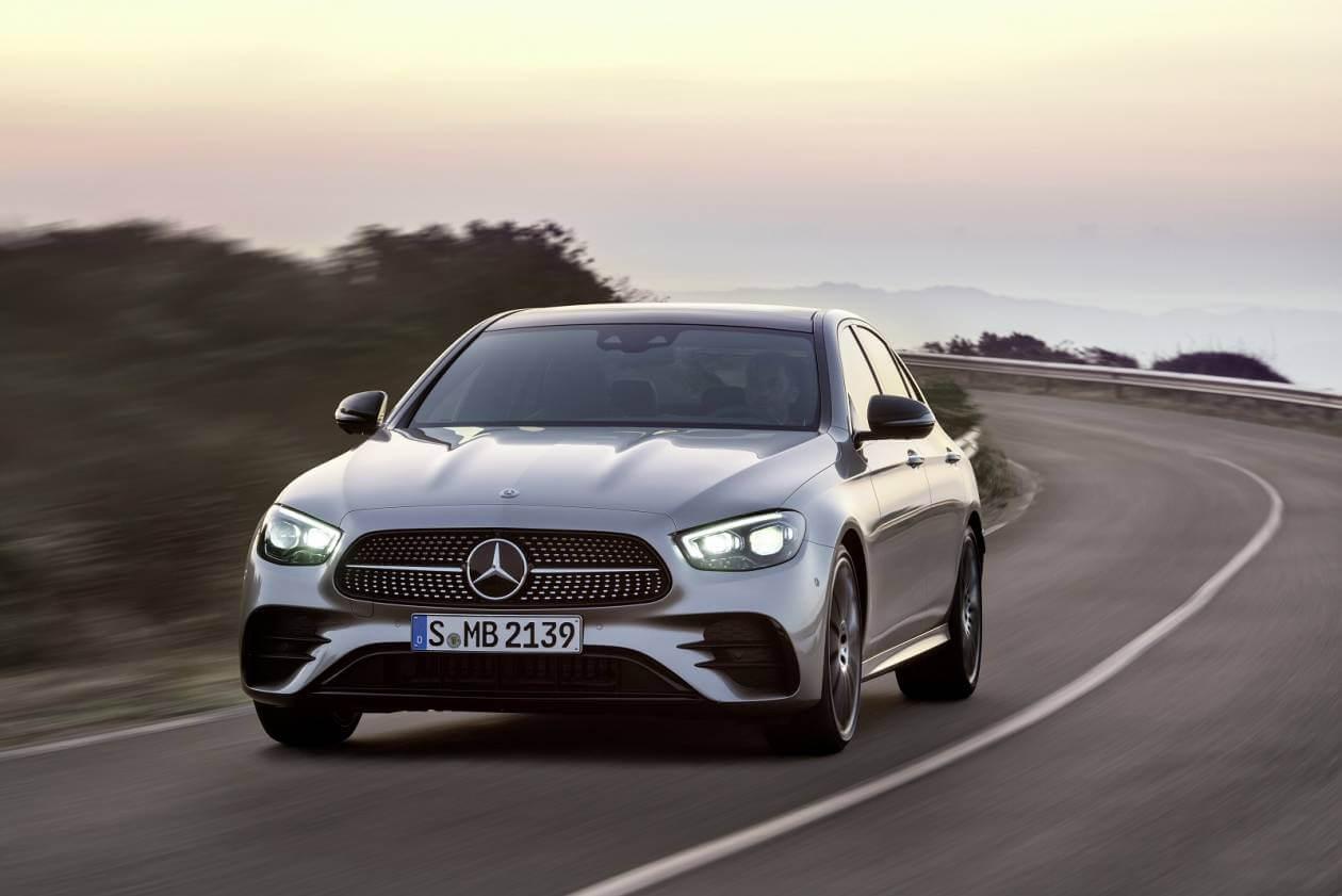 Image 3: Mercedes-Benz E Class Diesel Saloon E300de AMG Line 4dr 9G-Tronic