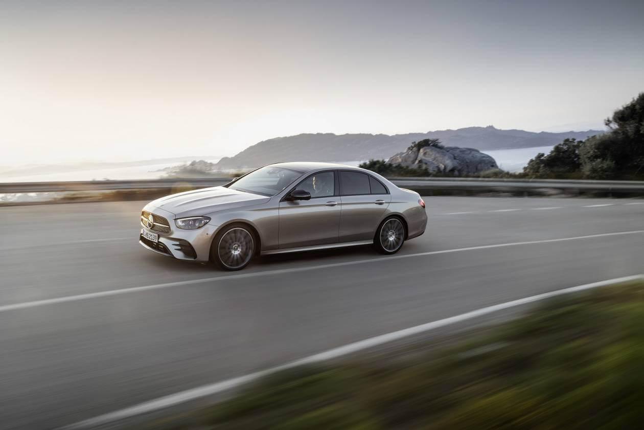 Image 4: Mercedes-Benz E Class Diesel Saloon E300de AMG Line 4dr 9G-Tronic