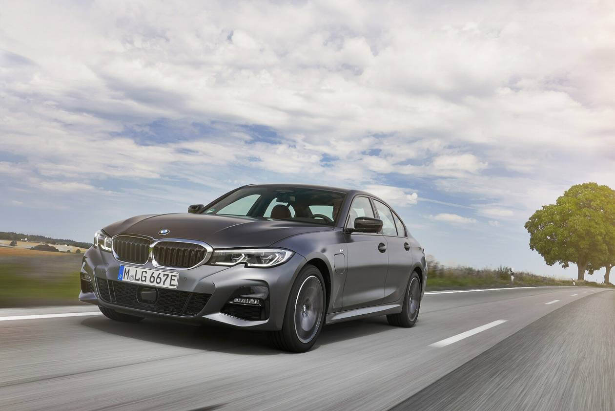 Image 4: BMW 3 Series Saloon 330E M Sport 4dr Auto