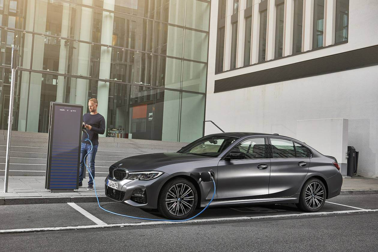 Image 6: BMW 3 Series Saloon 330E M Sport 4dr Auto