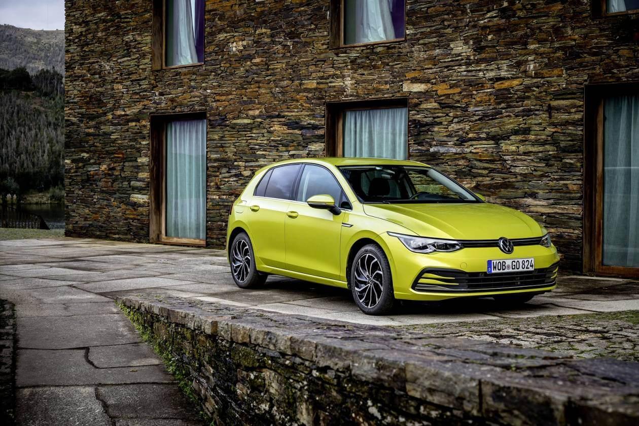 Image 1: Volkswagen Golf Hatchback 1.5 TSI Life 5dr