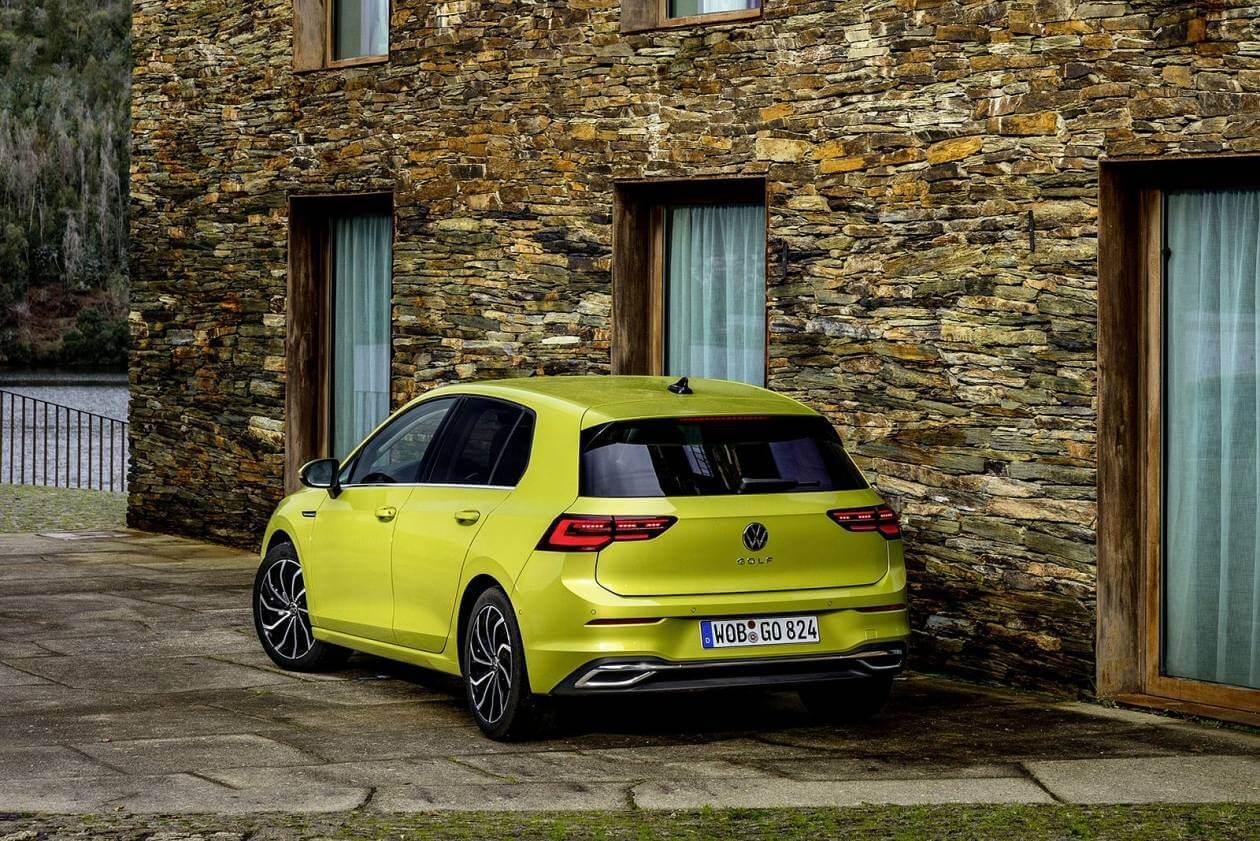 Image 2: Volkswagen Golf Hatchback 1.5 TSI Life 5dr
