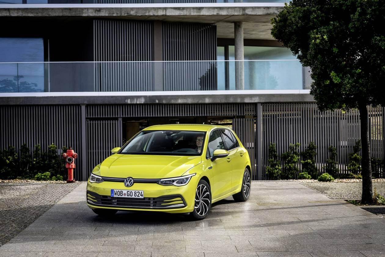 Image 4: Volkswagen Golf Hatchback 1.5 TSI Life 5dr
