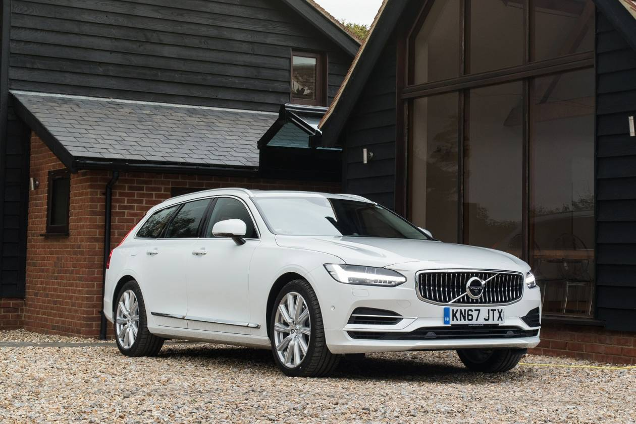Image 6: Volvo V90 Estate 2.0 T4 Momentum Plus 5dr Geartronic