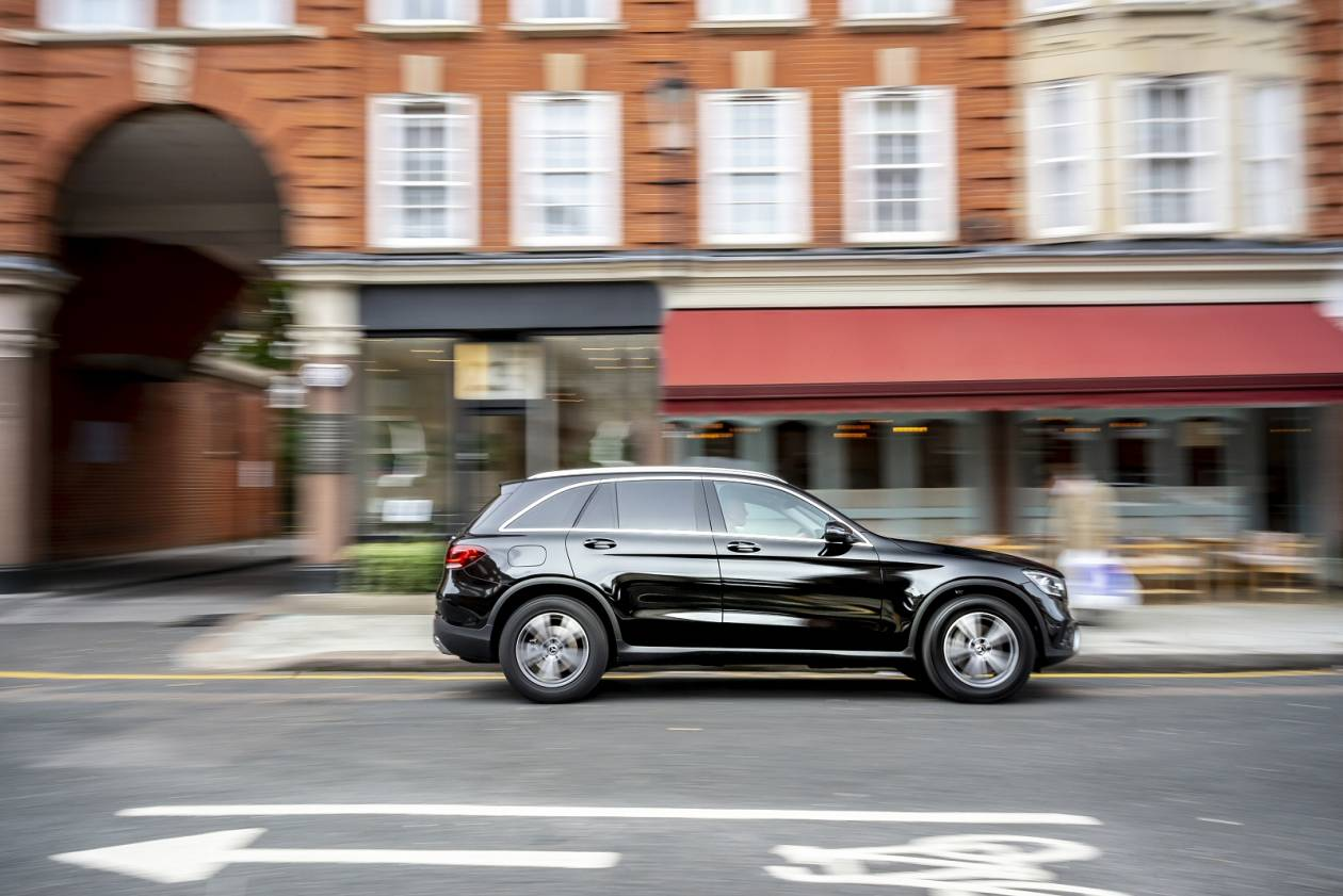 Image 6: Mercedes-Benz GLC Diesel Coupe GLC 220D 4matic AMG Line 5dr 9G-Tronic