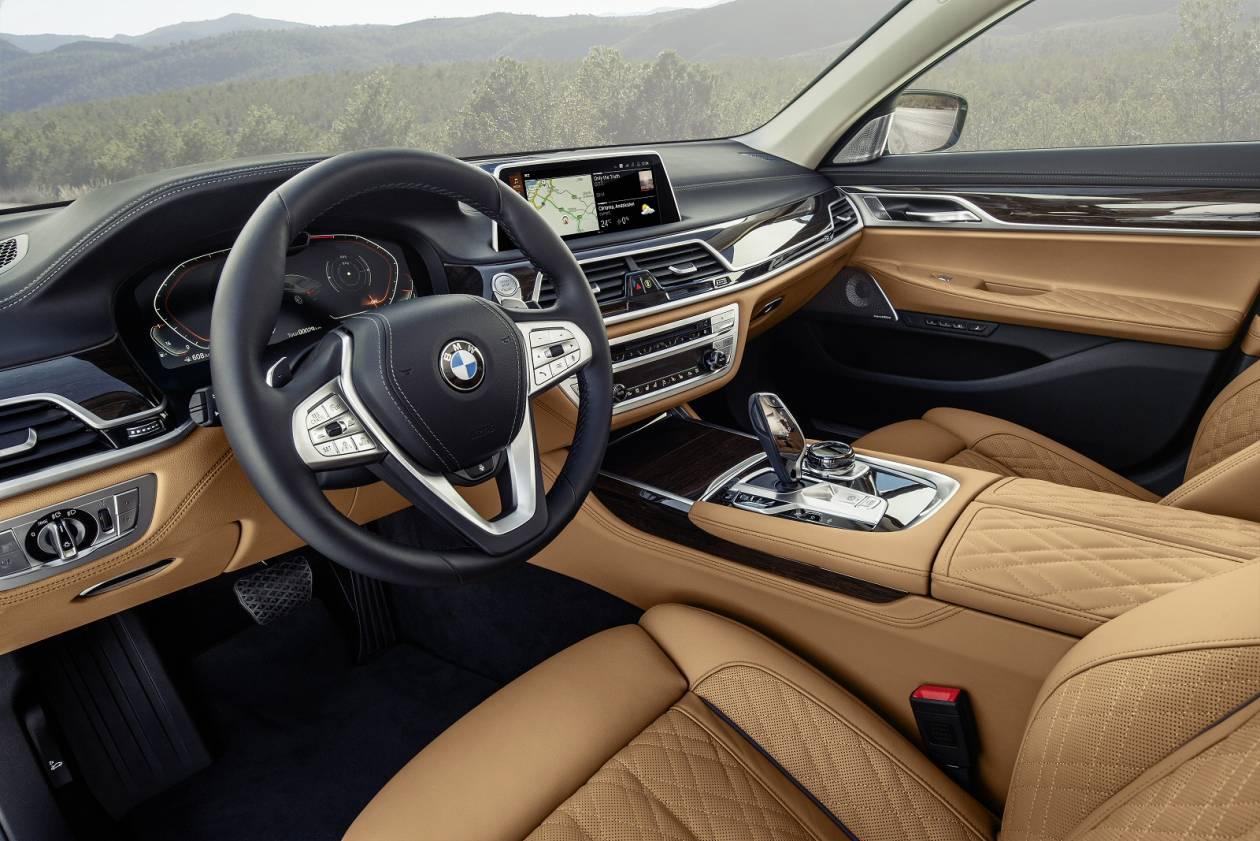 Image 1: BMW 7 Series Saloon 745E 4dr Auto