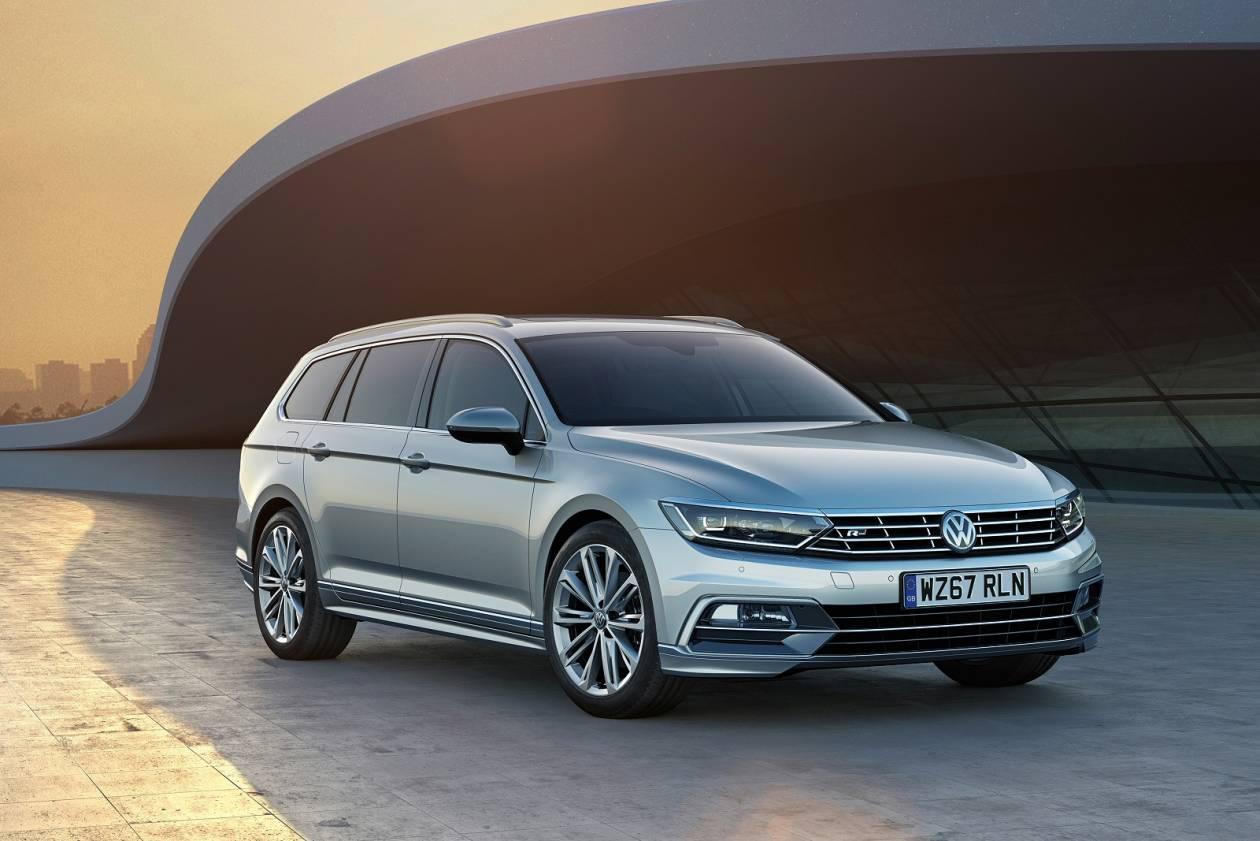 Image 1: Volkswagen Passat Diesel Estate 2.0 TDI SE Business 5dr