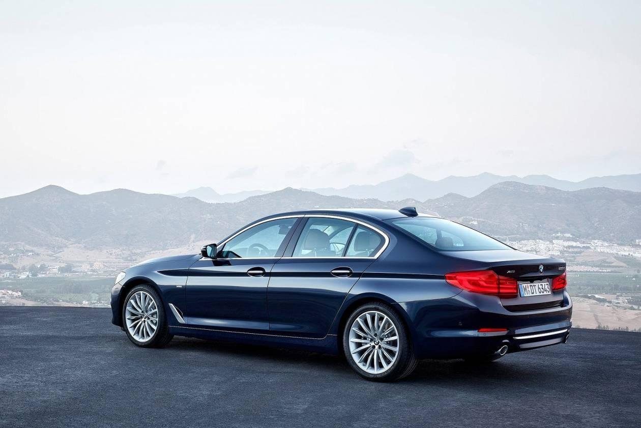 Image 2: BMW 5 Series Diesel Saloon 520D M Sport 4dr Auto