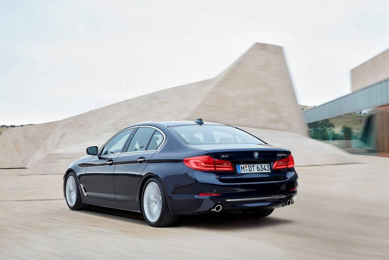 Image 5: BMW 5 Series Diesel Saloon 520D M Sport 4dr Auto
