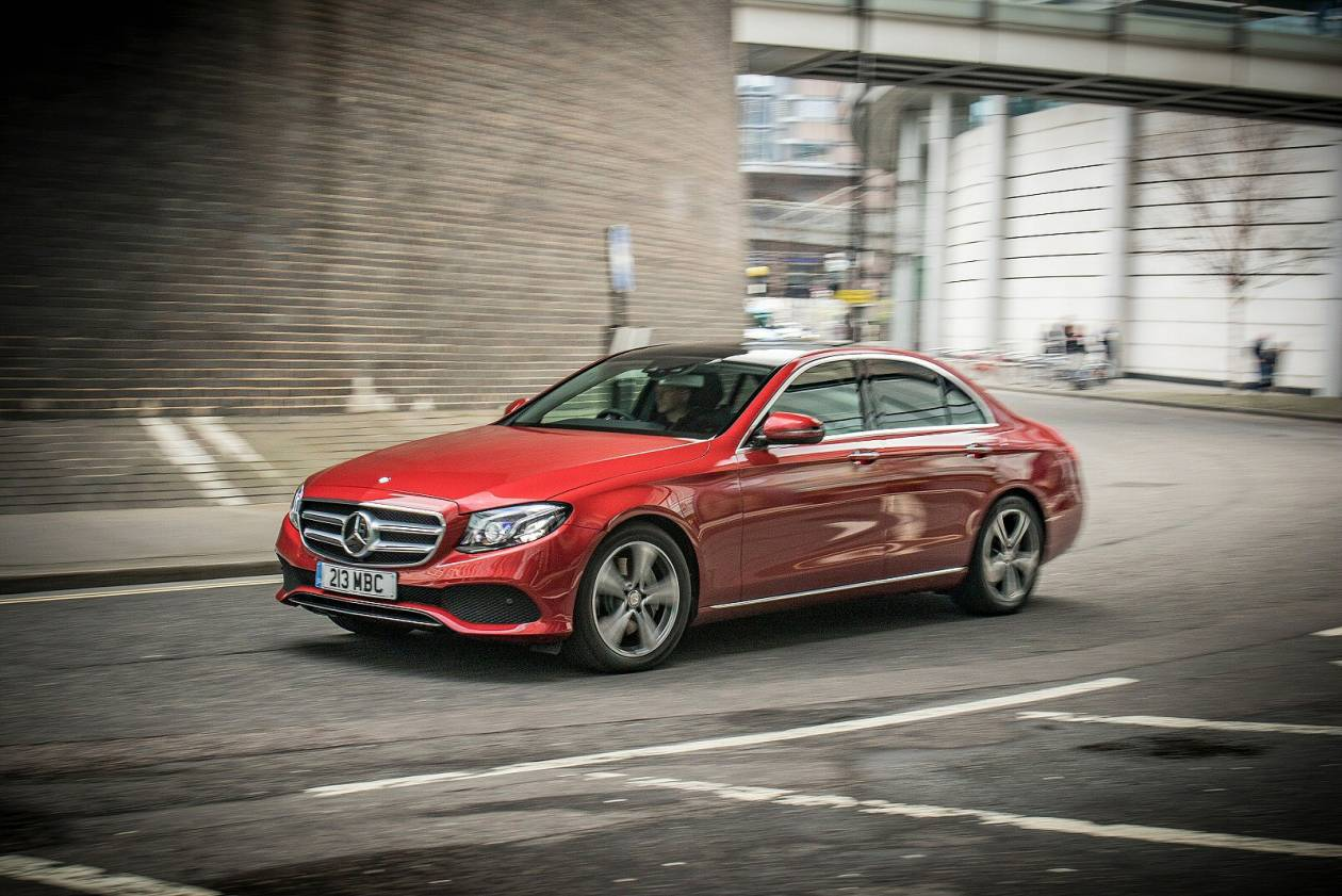 Image 3: Mercedes-Benz E Class Saloon E200 AMG Line Edition 4dr 9G-Tronic