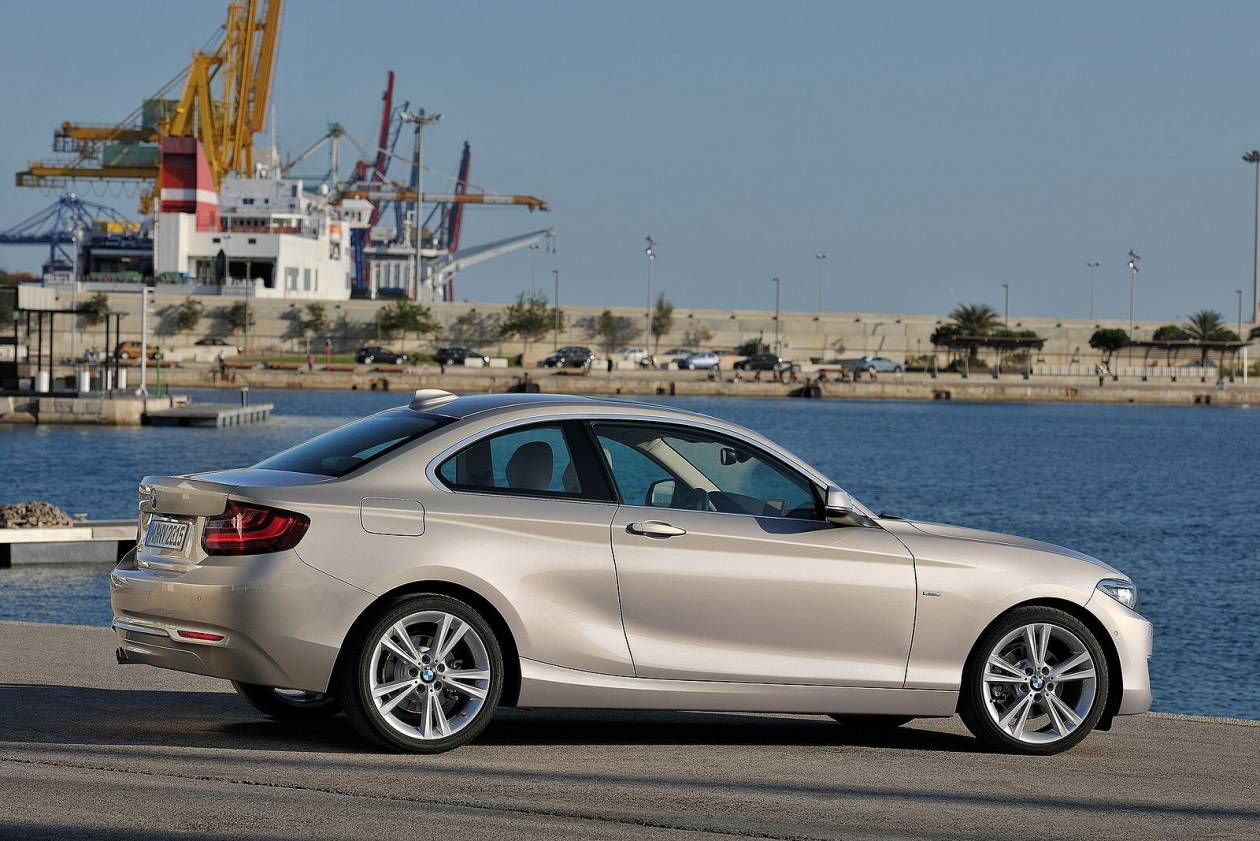 Image 3: BMW 2 Series Diesel Coupe 218D M Sport 2dr [NAV]