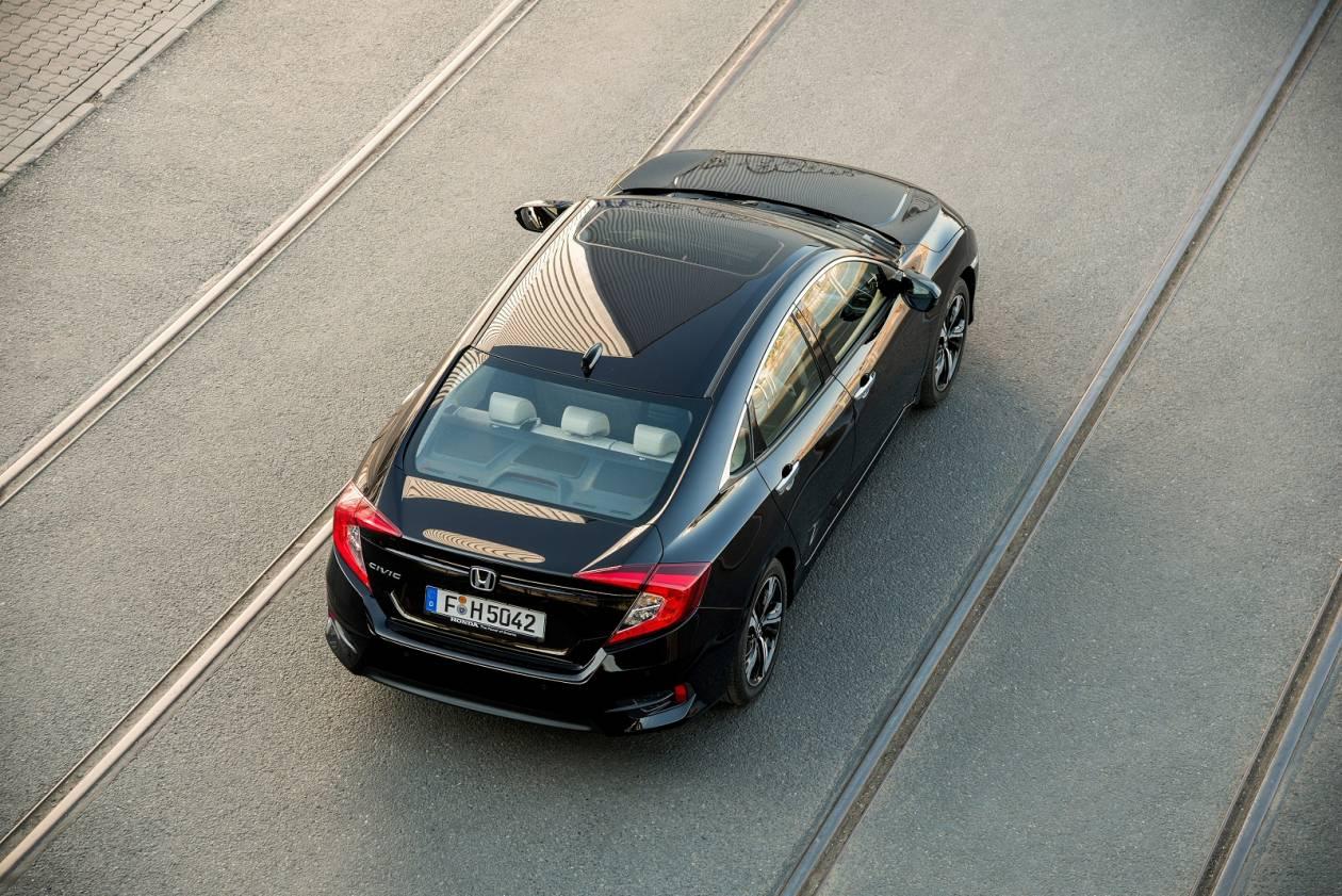Image 3: Honda Civic Saloon 1.0 Vtec Turbo SE 4dr