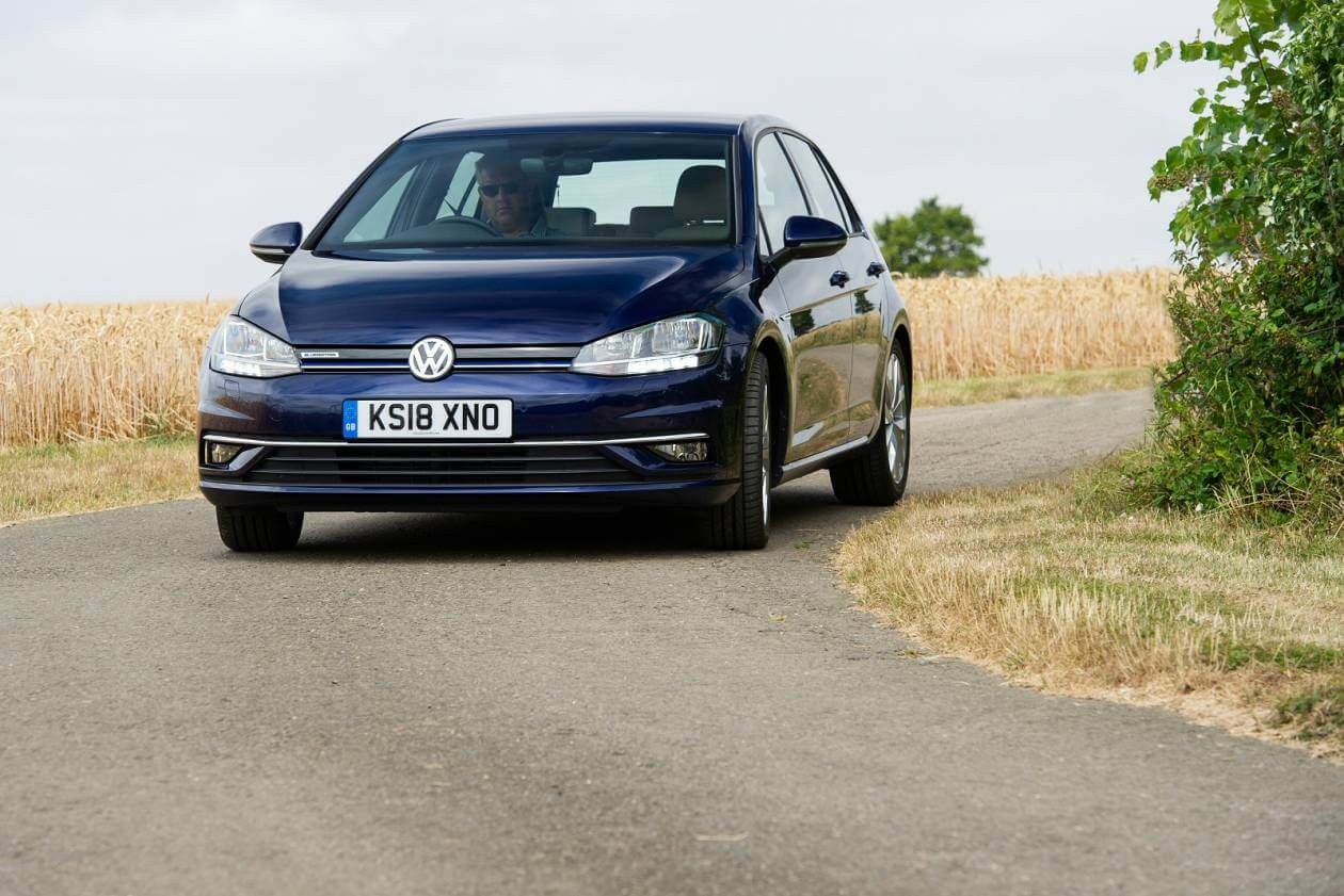 Image 3: Volkswagen Golf Estate 2.0 TSI 300 R 5dr 4motion DSG