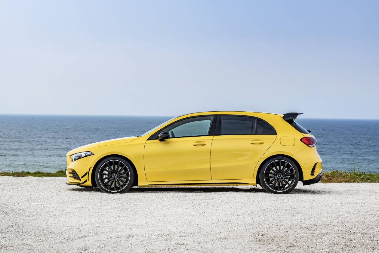 MERCEDES-BENZ A35 4Matic Premium Plus 5dr Auto