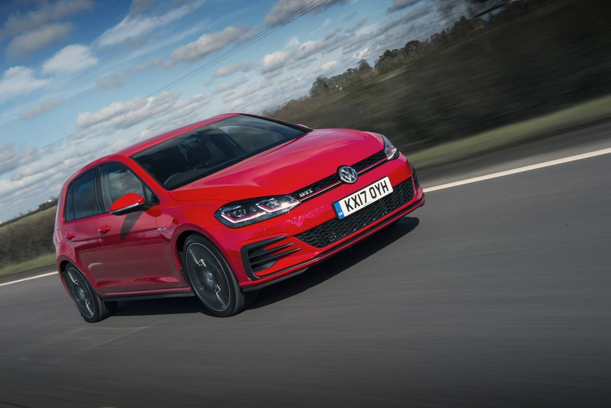 Image 2: Volkswagen Golf Hatchback 2.0 TSI 245 GTI Performance 3dr