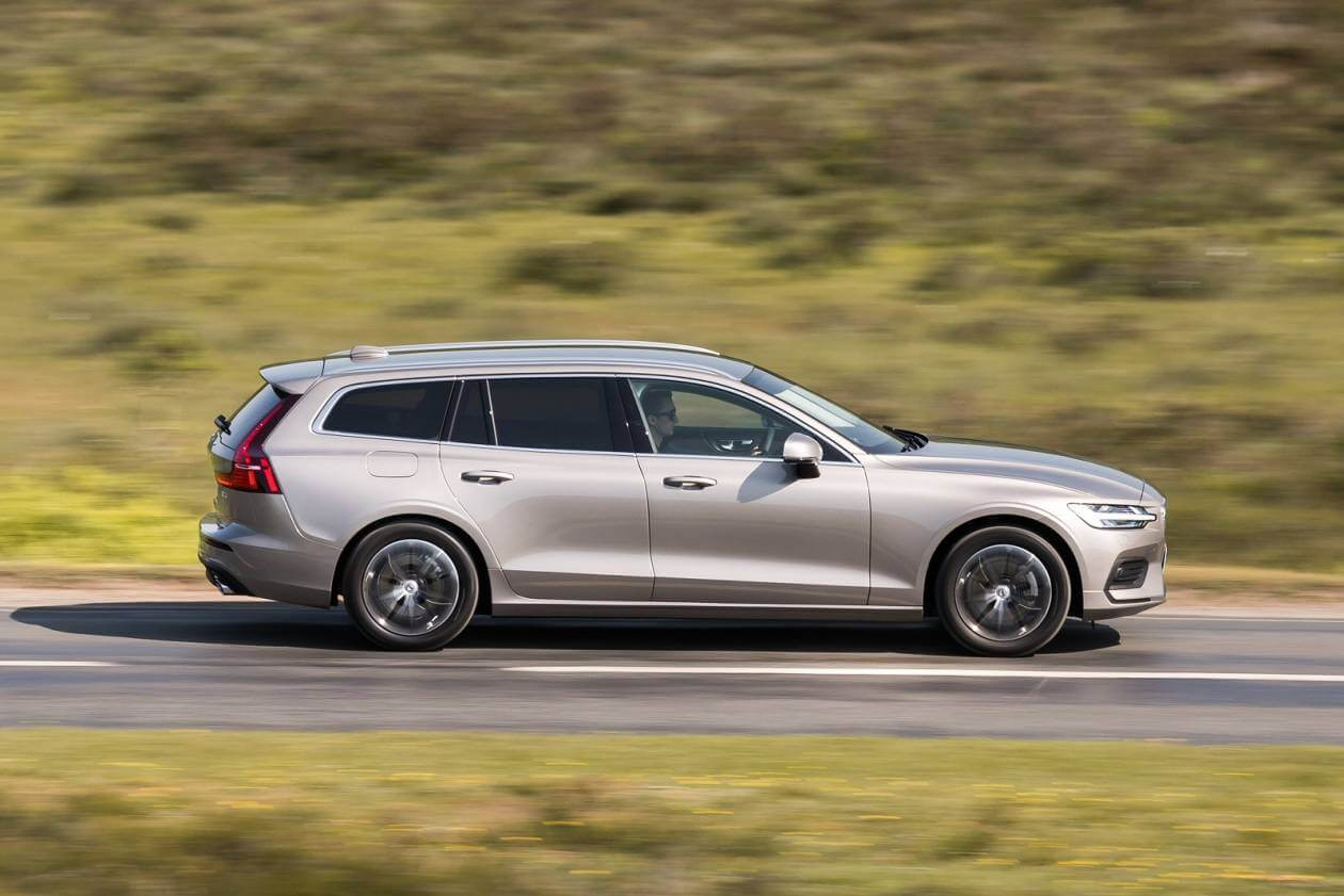 Image 5: Volvo V60 Sportswagon 2.0 T4 [190] Momentum Plus 5dr Auto