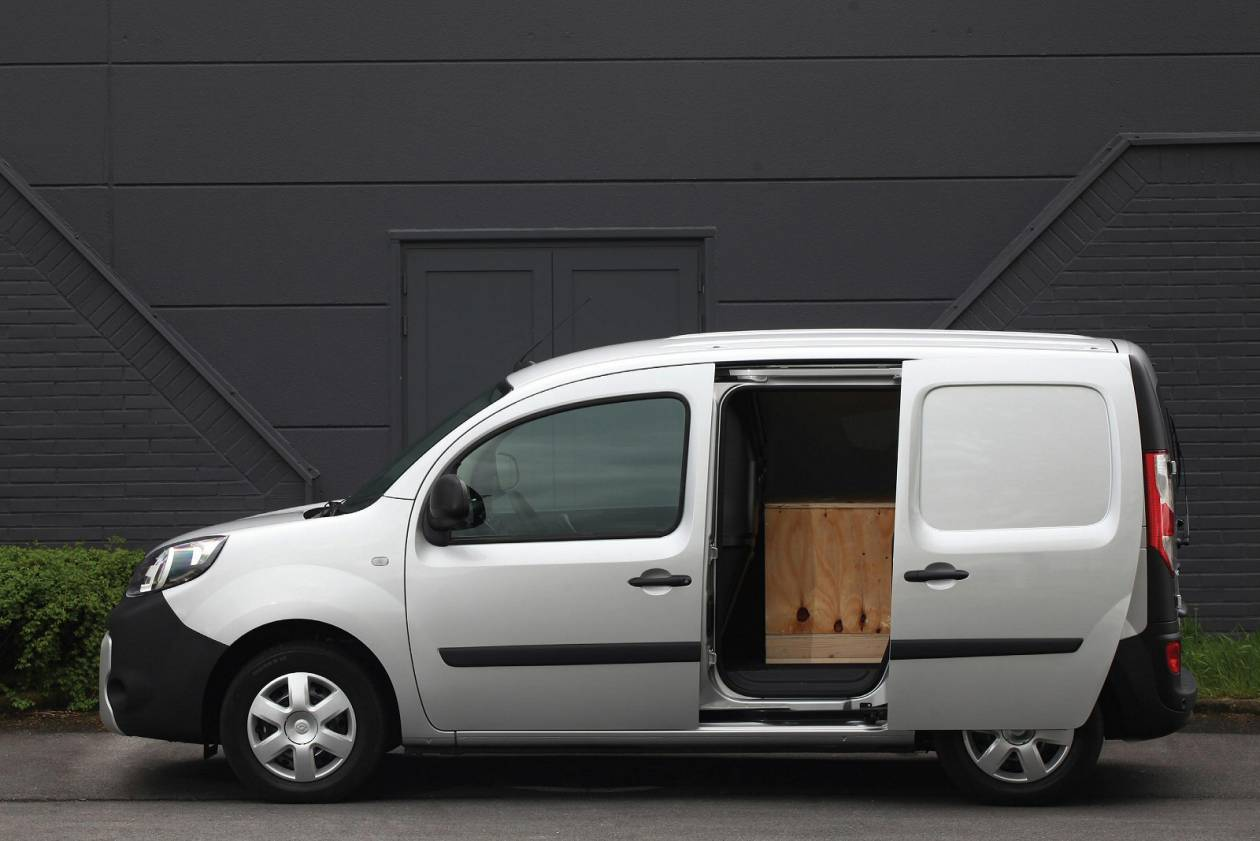 RENAULT LL21 44kW 33kWh Business i-Crew Van Cab Auto