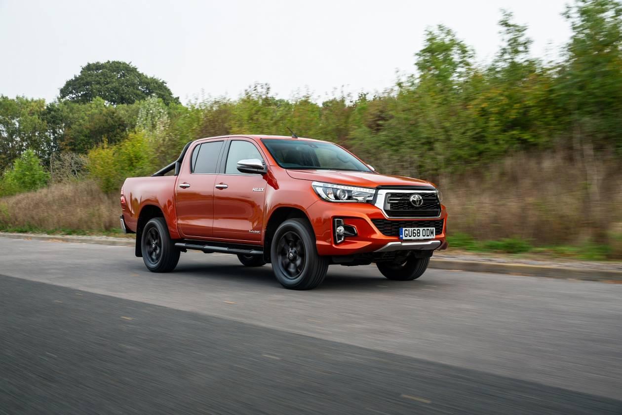 Image 5: Toyota Hilux Diesel Active D/CAB Pick UP 2.4 D-4D TSS [3.5T TOW]