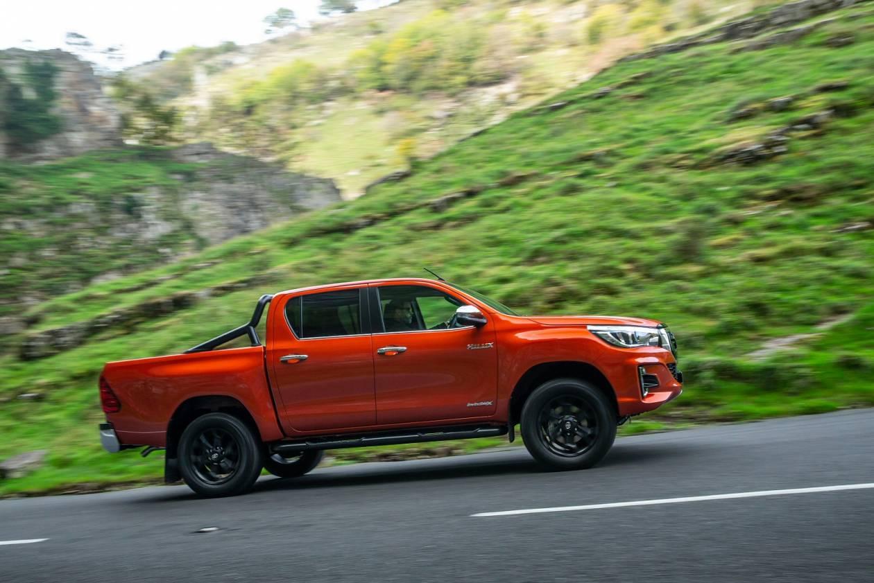 Image 6: Toyota Hilux Diesel Active D/CAB Pick UP 2.4 D-4D TSS [3.5T TOW]