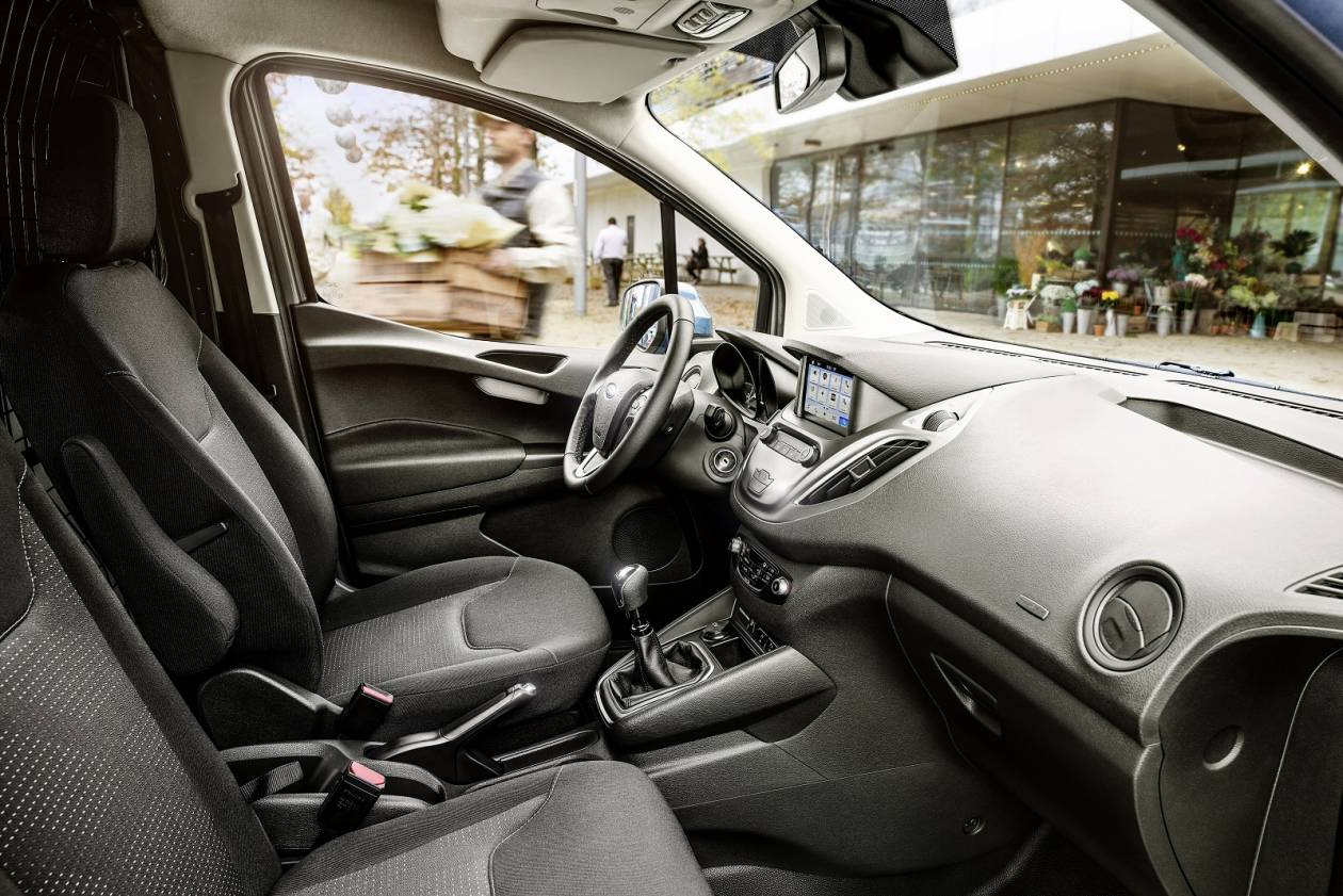 FORD TRANSIT COURIER PETROL 1 0 EcoBoost Van [6 Speed]